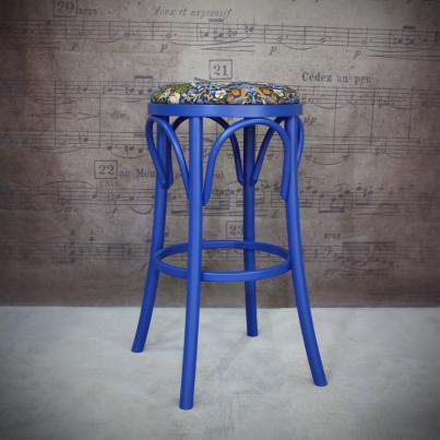 Табурет - William Morris, Земляничный воришка